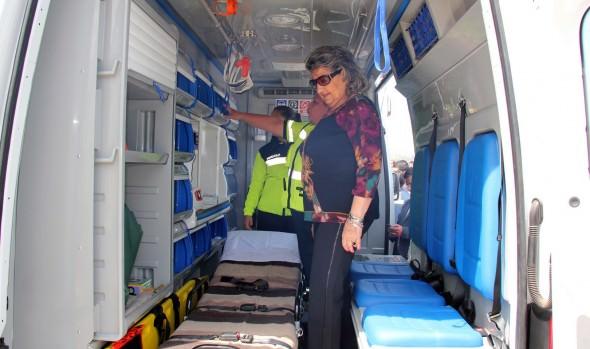 Red de Salud Primaria de Viña del Mar cuenta con cuatro nuevos vehículos, entre ellos una ambulancia.