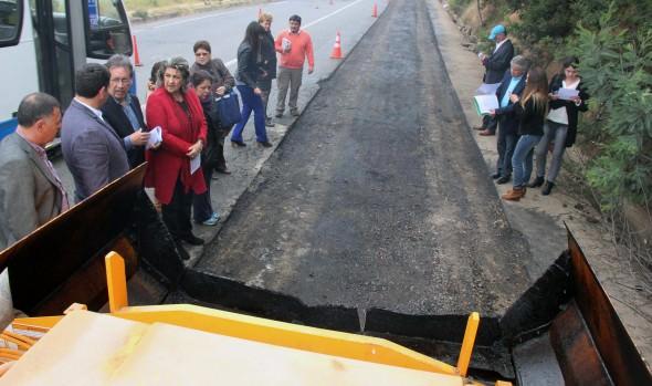 Municipio de Viña del Mar utiliza moderna tecnología para aplicar asfalto en reparación de calles