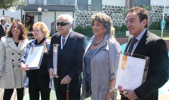 Hotel de Reñaca recibe triple distinción de calidad de parte de Sernatur y de alcaldesa Virginia Reginato
