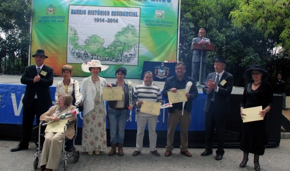 Celebración de los 100 años de barrio  Miraflores en Viña del Mar  fue encabezada por alcaldesa Virginia Reginato