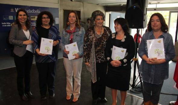 Municipalidad de Viña del Mar promueve libro de prácticas saludables para la comunidad