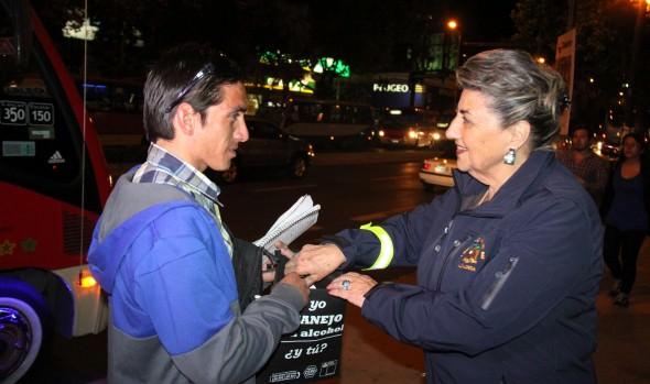Con apoyo de la Municipalidad de Viña del Mar impulsan  campaña de autocuidado en peatones para  que  no transiten con ingesta de alcohol