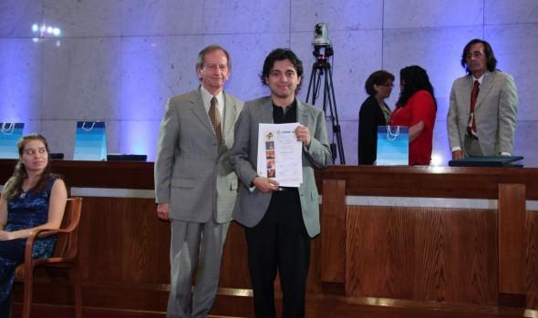 "Pianista ruso ganó XLI Concurso musical ""Dr. Luis Sigall"""
