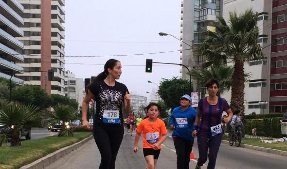 Con éxito se desarrolló la última  fecha de  corridas familiares 2014 organizada por el Municipio de Viña del Mar