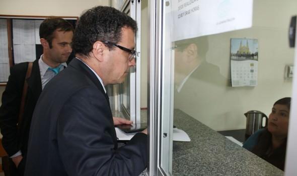 Municipio de Viña del Mar interpone querella por daños en Reloj de Flores