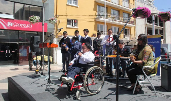 Municipio de Viña del Mar realizó jornada inclusiva, donde jóvenes con capacidades diferentes mostraron su talento