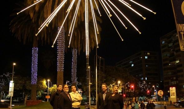 Municipalidad de Viña del Mar ya encendió luces ornamentales de Navidad y verano