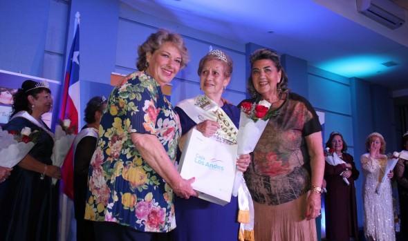 Reina del Adulto Mayor 2014 de Viña del Mar, fue coronada por alcaldesa Virginia Reginato