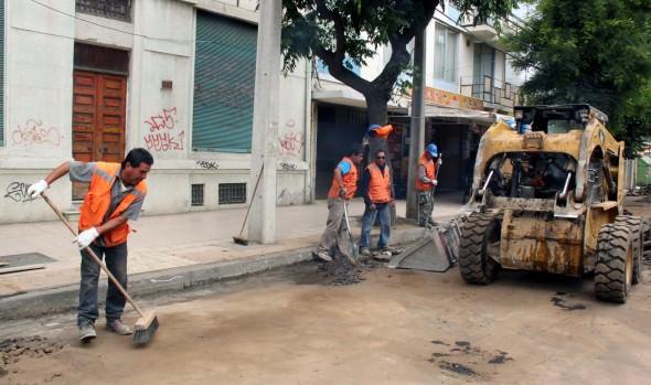 Municipio de Viña del Mar inició mejoramiento de calzada de calle Quinta