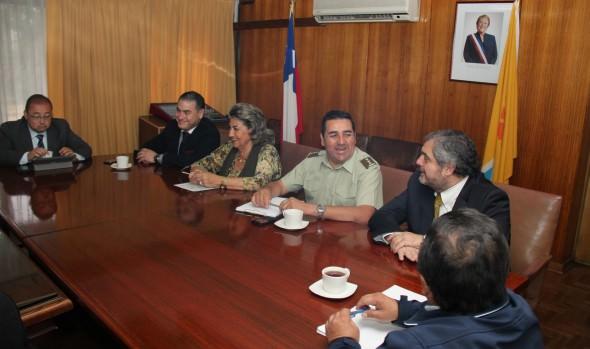 Mesa de seguridad convocada por alcaldesa Virginia Reginato, evaluó trabajo policial por compras de fin de año