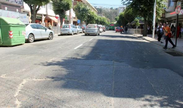 Municipio de Viña del Mar llama a propuesta para reparación vial en calle Quinta