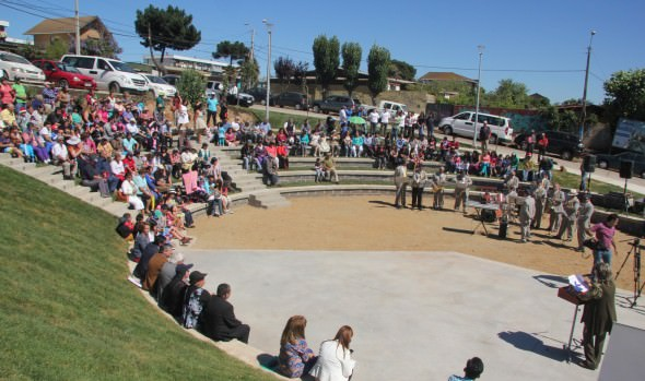 Plaza y anfiteatro El Maqui de Miraflores Alto fue inaugurada por alcaldesa Virginia Reginato