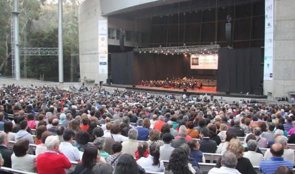 Con la Orquesta Filarmónica de Santiago partió ciclo de conciertos de verano en la Quinta Vergara