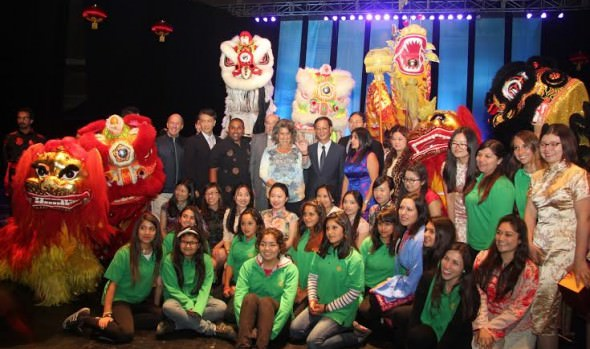 """Con una exitosa presentación de """"Las chicas mariposa"""" culminó la celebración de Año Nuevo Chino"""