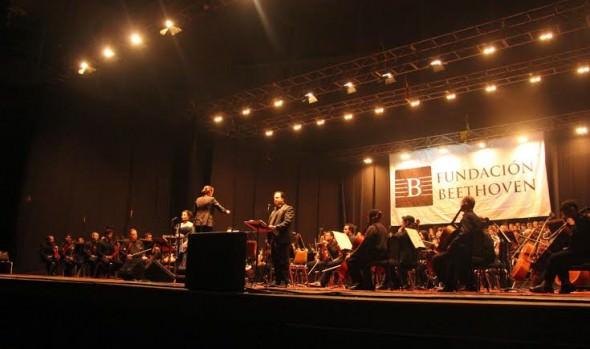 Una majestuosa presentación de obra Carmina Burana se realizó en la Quinta Vergara