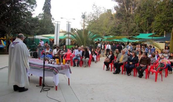 Celebración de  tradicional Misa Latinoamericana fue encabezada por alcaldesa Virginia Reginato