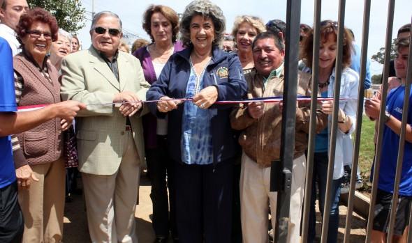 Piscina de Miraflores Alto fue inaugurada por  alcaldesa Virginia Reginato