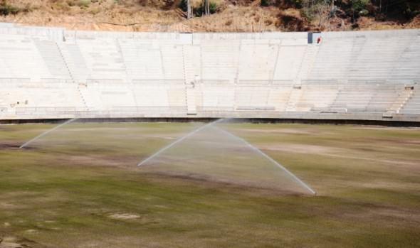 Municipalidad de Viña del Mar informa que comenzó a  germinar el pasto en cancha del nuevo estadio Sausalito