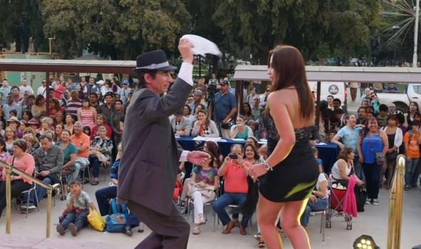 En evento organizado por municipio de Viña del Mar eligieron a representantes para campeonato nacional de Cueca Chora