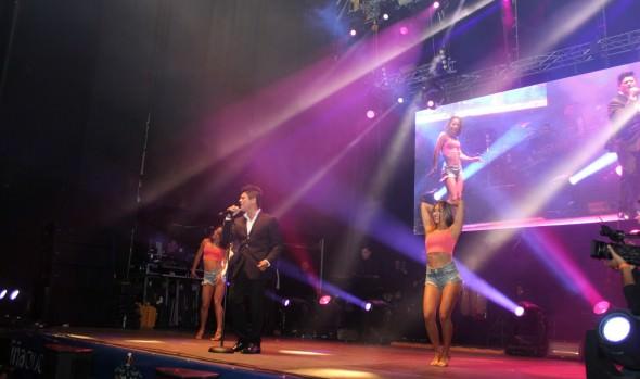 Municipio de Viña del Mar ofreció exitoso concierto de Américo para el día de los enamorados