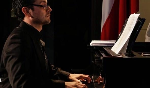 Municipalidad de Viña del Mar invita a concierto de canto y piano con  barítono Rodrigo Quinteros