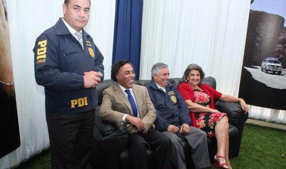 Puesta en marcha de unidades policiales en la  Quinta Vergara fue encabezada por alcaldesa Virginia Reginato