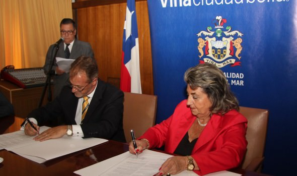 Municipalidad de Viña del Mar y distrito peruano de Miraflores suscribieron convenio de hermanamiento