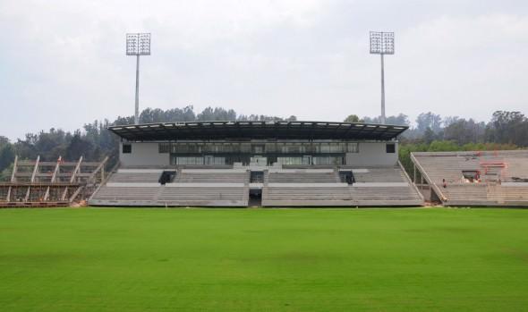 Municipio de Viña del Mar informa avance de cancha en Estadio Sausalito