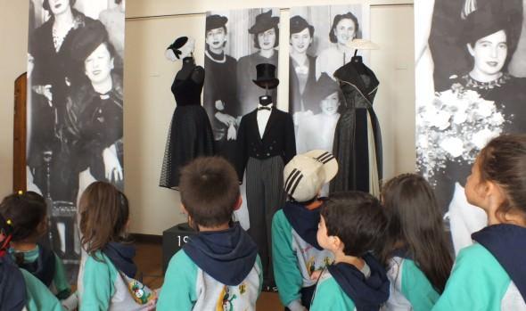 "Municipio de Viña del Mar invita a exposición ""A la Moda con un Sombrero"""