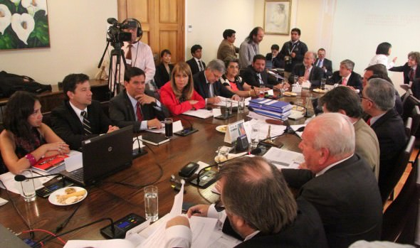 Aprobación en Comisión de Hacienda de  la Cámara de Dipuatdos de proyecto a Ley de casinos fue valorado por alcaldesa Virginia Reginato
