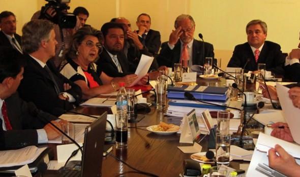 Alcaldesa Virginia Reginato liderará fuerzas vivas en apoyo a proyecto de modificación de Ley de Casinos