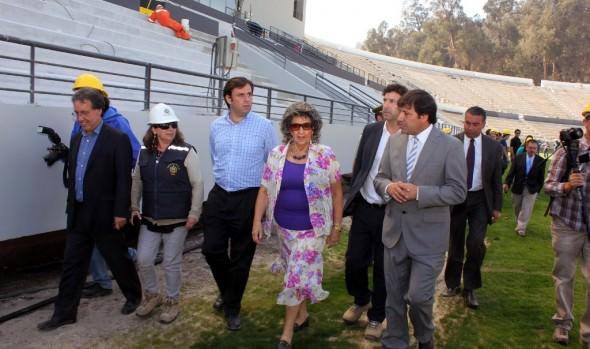 Construcción de última etapa de estadio Sausalito avanza en forma acelerada, confirmo alcaldesa Virginia Reginato