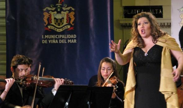"""Municipalidad de Viña del Mar invita a """"Tributo a María Callas"""" que realizará soprano Ángela Maureen Marambio"""