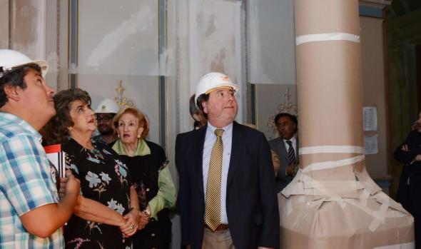 Obras de restauración del Palacio Rioja fueron inspeccionadas por alcaldesa Virginia Reginato Subdere y autoridades regionales
