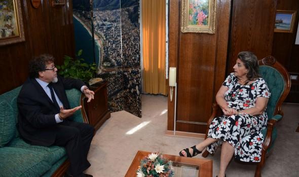 Senador Ricardo Lagos Weber se reunió con alcaldesa Virginia Reginato, a quien manifestó su apoyo para modificación de Ley de casinos