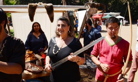 2ª Feria medieval y de fantasías fue inaugurada por alcaldesa Virginia Reginato