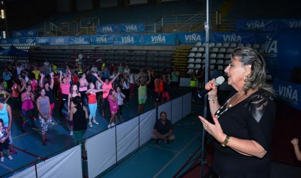 Lanzamiento de Zumba Tour Viña fue encabezado por alcaldesa Virginia Reginato