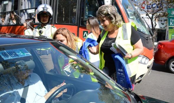 Llamado por la buena convivencia vial durante Semana Santa realizaron alcaldesa Virginia Reginato, Seremi de Transportes y Senda