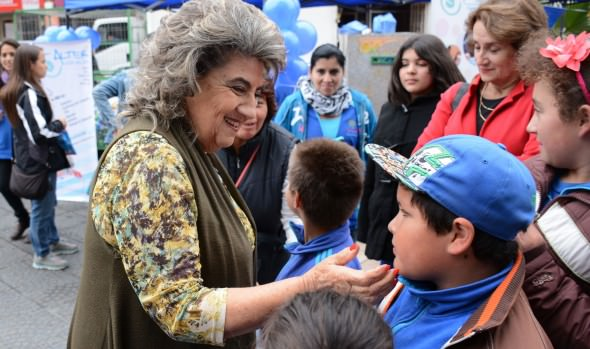 Municipalidad de Viña del Mar conmemoró Día Mundial de la concientización sobre el autismo con feria informativa