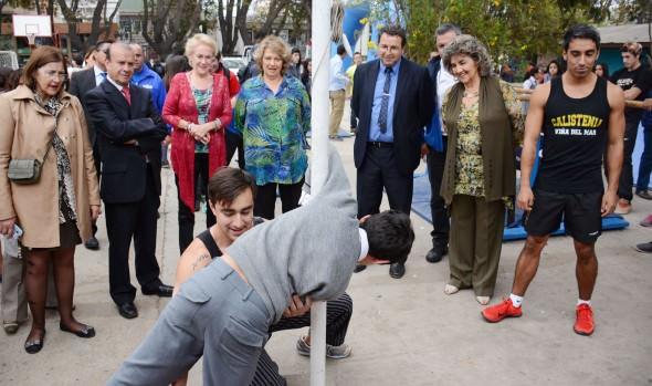 """""""Recreos entretenidos"""" y  """"Escuelas deportivas"""" dió a conocer alcaldesa Virginia Reginato en Día Mundial de la actividad física"""
