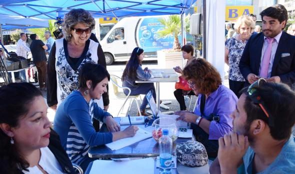OMIL  de la Municipalidad de Viña del Mar dio  a conocer en terreno diversas ofertas laborales y cursos de capacitación