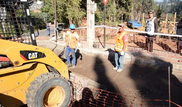 Municipio de Viña del Mar invierte más de $90 millones para reparar calles en Reñaca