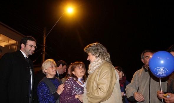 Municipio de Viña del Mar adjudicó nueva iluminación para condominios sociales de Glorias Navales