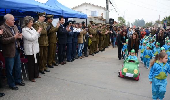 Comunidad de Reñaca Alto rindió homenaje a Carabineros en su 88º aniversario, en acto encabezado por alcaldesa Virginia Reginato
