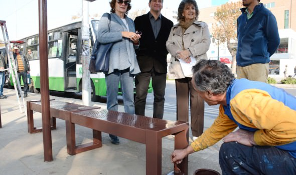 Municipalidad de Viña de Mar ha mejorado más de de 150 paraderos de buses de la comuna