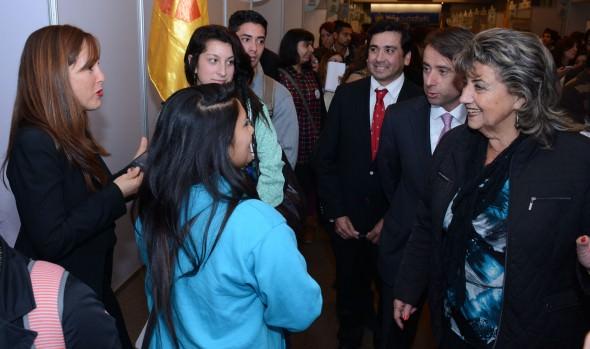 """Con numerosas vacantes disponibles  alcaldesa Virginia Reginato, inauguró """"Expo empleos AIEP Viña del Mar 2015"""""""