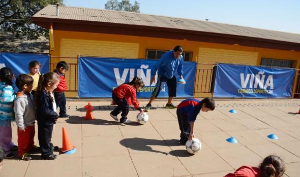 Municipalidad de Viña del Mar implementa 16 escuelas de fútbol gratuitas para niños de diferentes sectores de la comuna