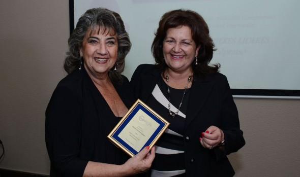 Como mujer destacada regional fue distinguida alcaldesa Virginia Reginato