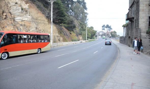 Municipio de Viña del Mar inició trabajos de mejoramiento de seguridad vial en sector de Virgen Negra