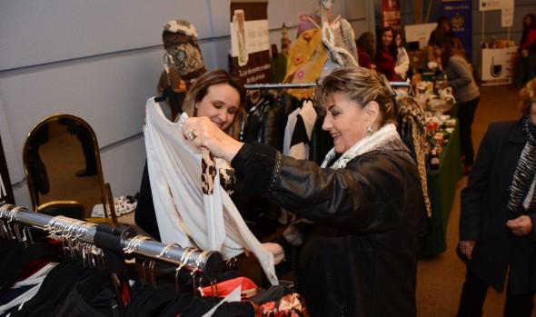 Cientos de mujeres visitaron la 1ª Expo Mamá, organizada por la Municipalidad  Viña del Mar
